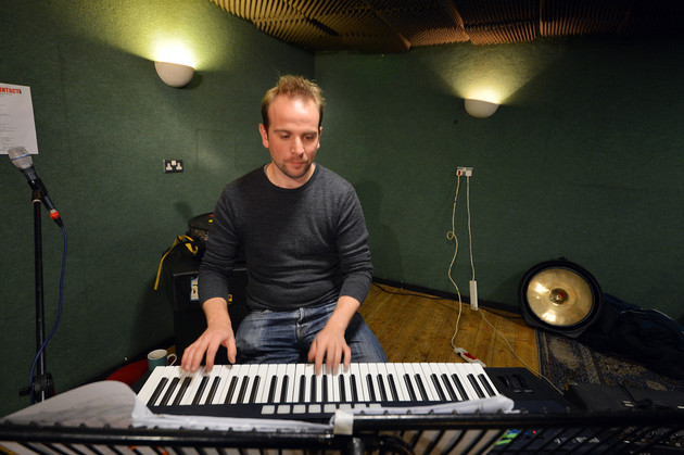 Just look at those fingers move: Richard Hemming on the keys